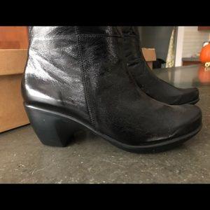 Noat Shoes - Noat boots